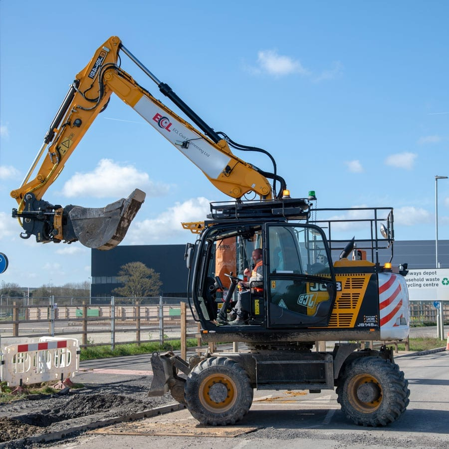 Houghton Regis Digger working on Groundworks
